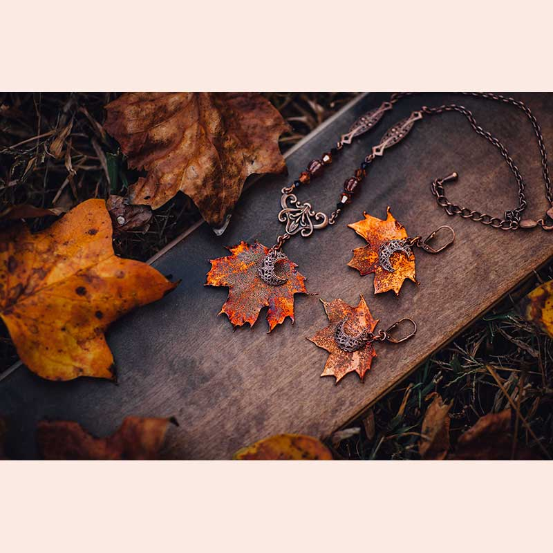 Autumn Moon Leaf set by Autumn Moon