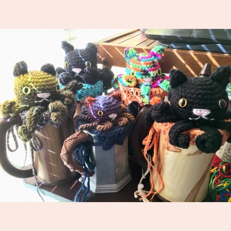 Crocheted Cat Cthulhus with Hooks and Chains